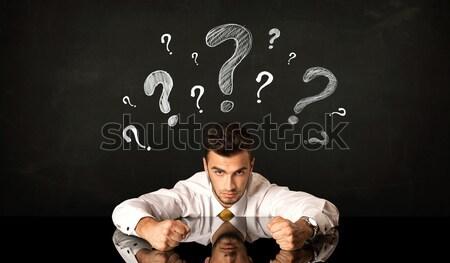 Sesión empresario signos de interrogación deprimido fondo jóvenes Foto stock © ra2studio