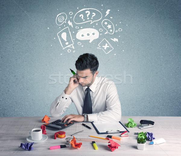 Homme d'affaires doute confondre employé de bureau Photo stock © ra2studio