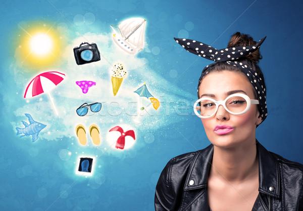 Feliz alegre mujer gafas de sol mirando verano Foto stock © ra2studio