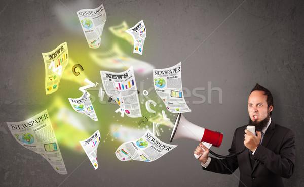 Fickó kiabál hangfal újságok légy ki Stock fotó © ra2studio