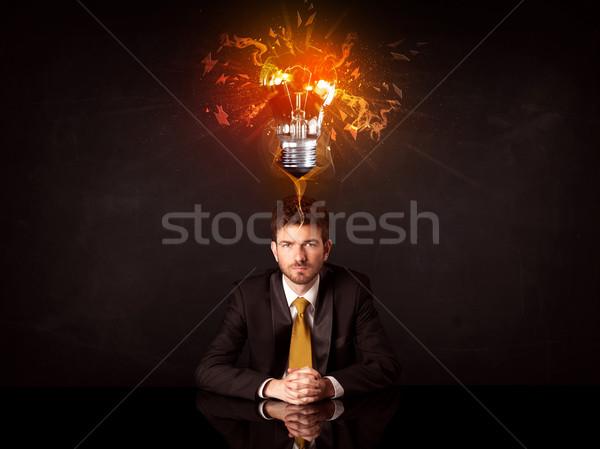 Biznesmen posiedzenia pomysł żarówki depresji Zdjęcia stock © ra2studio