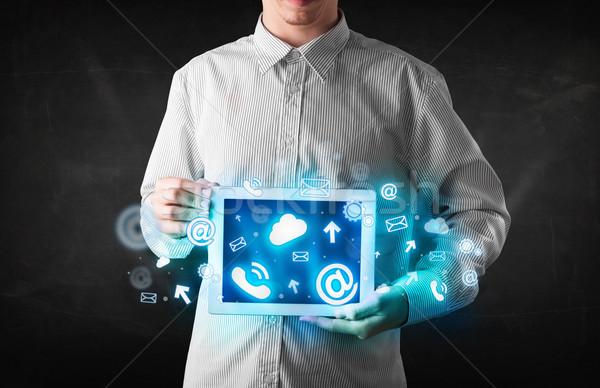 Stock fotó: Személy · tart · tabletta · kék · technológia · ikonok