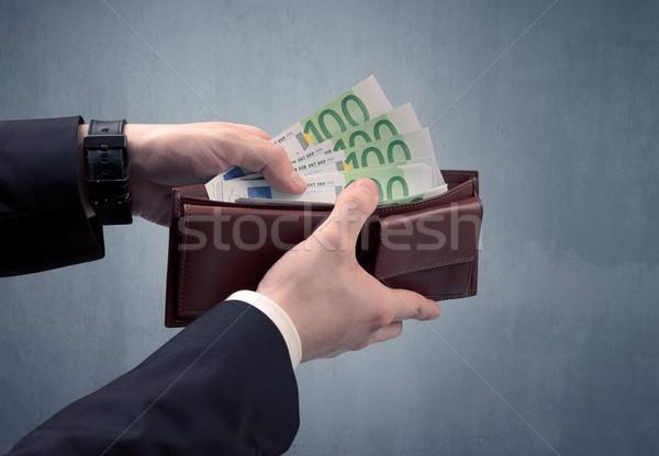 El takım elbise dışarı euro cüzdan ışık Stok fotoğraf © ra2studio