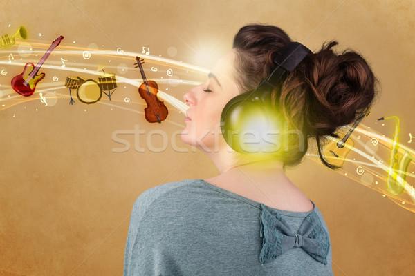 Stok fotoğraf: Genç · kadın · kulaklık · güzel · kadın · müzik