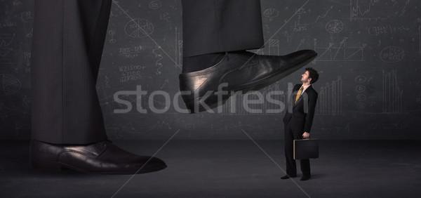 Enorme pierna minúsculo negocios trabajo fondo Foto stock © ra2studio