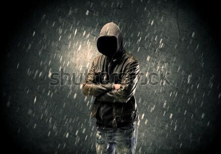 Desconhecido em pé escuro homem jaqueta de couro visível Foto stock © ra2studio