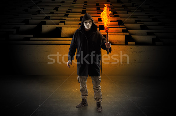 Stockfoto: Man · brandend · doolhof · lelijk · uit · labyrint