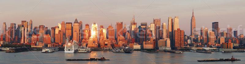 New York City manhattan linha do horizonte panorama pôr do sol Empire State Building Foto stock © rabbit75_sto