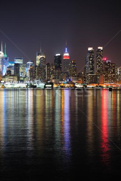 New York Manhattan sziluett éjszaka panoráma fények Stock fotó © rabbit75_sto