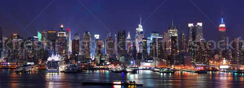 New York City manhattan linha do horizonte panorama noite rio Foto stock © rabbit75_sto