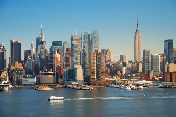 Нью-Йорк Эмпайр-стейт-билдинг Skyline Панорама реке лодка Сток-фото © rabbit75_sto