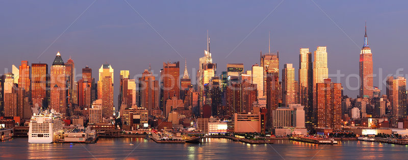 New York sziluett Manhattan panoráma naplemente Empire State Building Stock fotó © rabbit75_sto