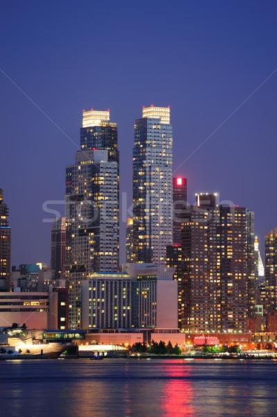 Urbano arquitetura moderna New York City manhattan crepúsculo rio Foto stock © rabbit75_sto