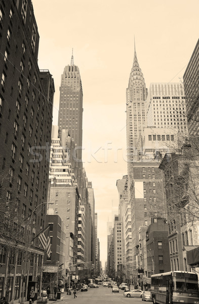 New York City Manhattan vue sur la rue blanc noir bâtiment gratte-ciel Photo stock © rabbit75_sto