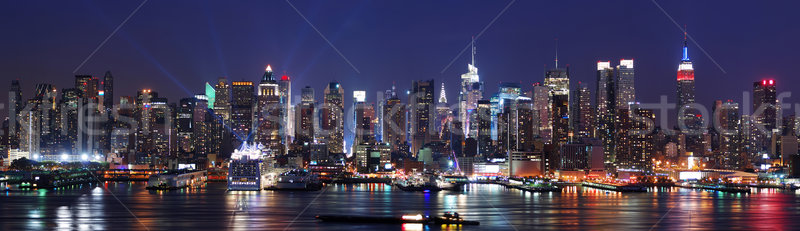 New York City skyline panorama Manhattan nacht rivier Stockfoto © rabbit75_sto