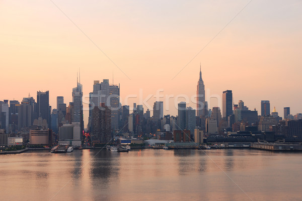New York City in the morning Stock photo © rabbit75_sto