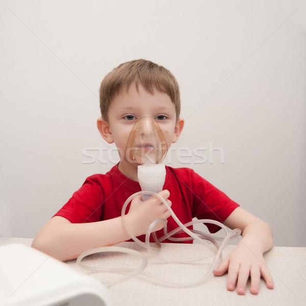 Asma tratamento adorável doente pequeno crianças Foto stock © raduga21