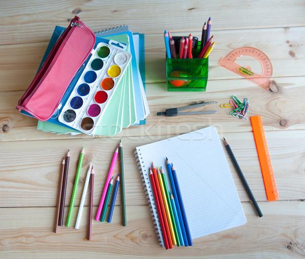 Fournitures scolaires affaires école peinture Photo stock © raduga21