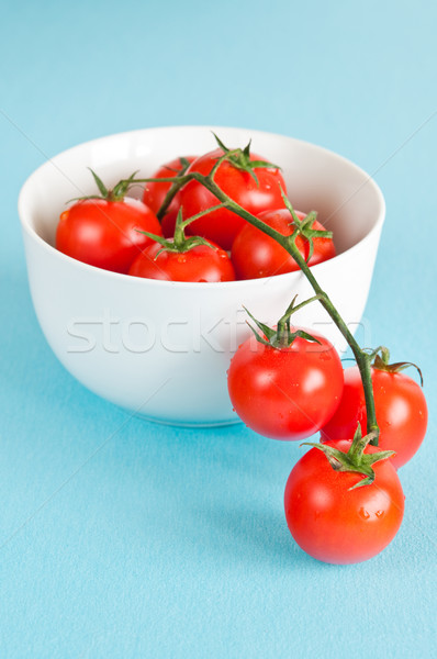 Tomates cerises fraîches blanche bol fond Photo stock © rafalstachura