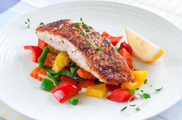 Saumon légumes grillés herbes citron alimentaire Photo stock © rafalstachura
