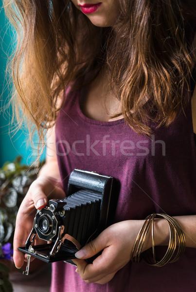 Photo stock: Femme · photos · rétro · caméra · jeune · femme