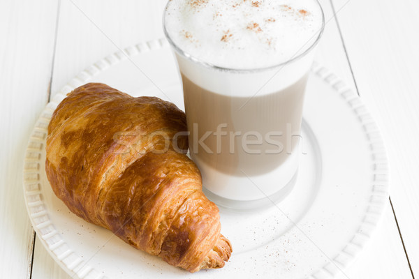 круассан стекла белый пластина кофе таблице Сток-фото © rafalstachura