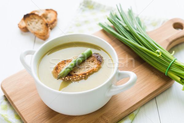 Kom asperges soep speer brood Stockfoto © rafalstachura