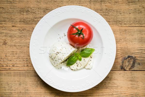 Mozzarella domates taze fesleğen caprese salatası peynir Stok fotoğraf © rafalstachura