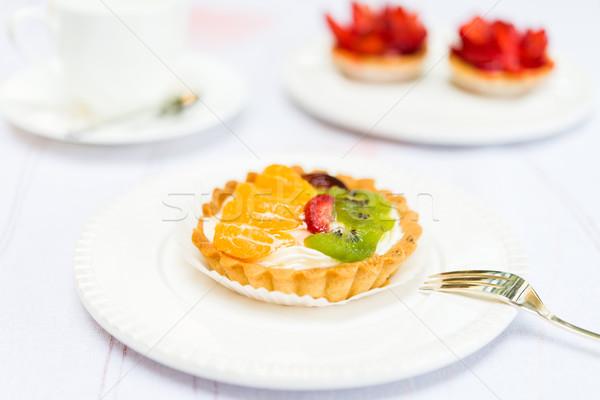 Fraîches tarte tarte kiwi fraise Photo stock © rafalstachura