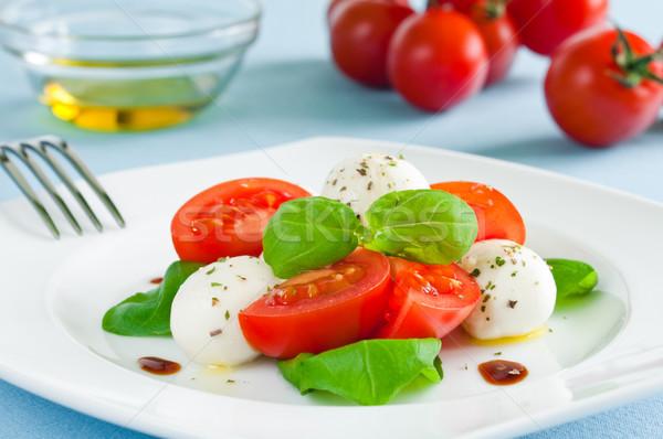 Caprese salatası bebek mozzarella kiraz domates peynir beyaz Stok fotoğraf © rafalstachura