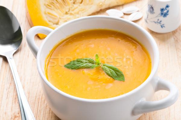 Pompoen soep witte kom vers mint Stockfoto © rafalstachura