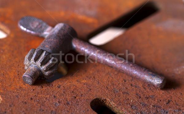 さびた キー アンティーク ベンチ キーを押します ストックフォト © ralanscott