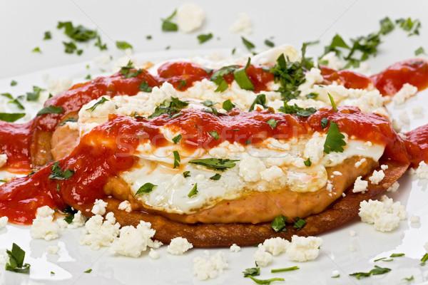 Frito maíz tortilla frijoles huevo frito queso Foto stock © raptorcaptor