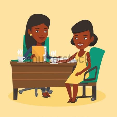 Kettő üzletasszonyok üzleti megbeszélés üzlet nők beszél Stock fotó © RAStudio