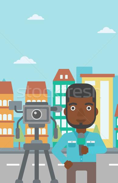 Tv verslaggever werken camera permanente microfoon Stockfoto © RAStudio