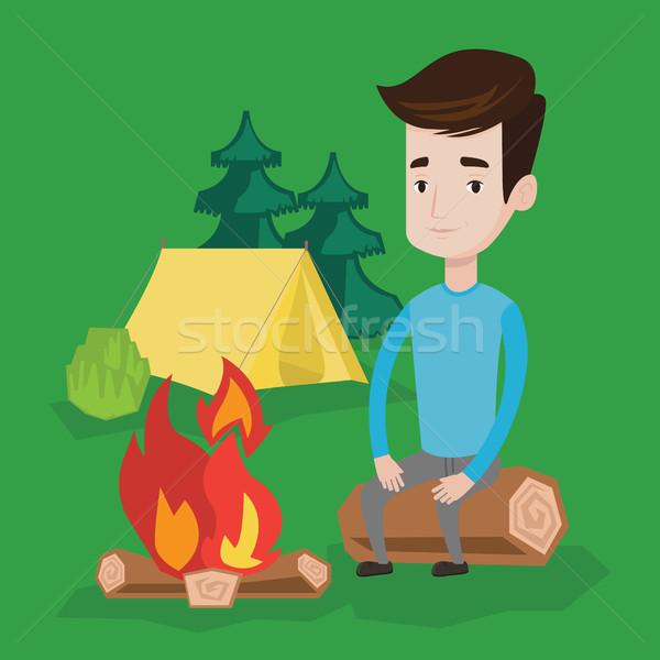 Foto stock: Homem · sessão · fogueira · camping · fogo