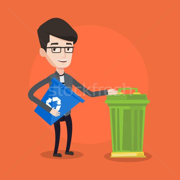 Man recycleren vuilnisbak jonge man Stockfoto © RAStudio