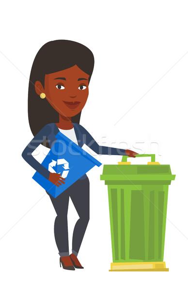 Kadın geri dönüşüm çöp kutusu geri dönüşüm Stok fotoğraf © RAStudio