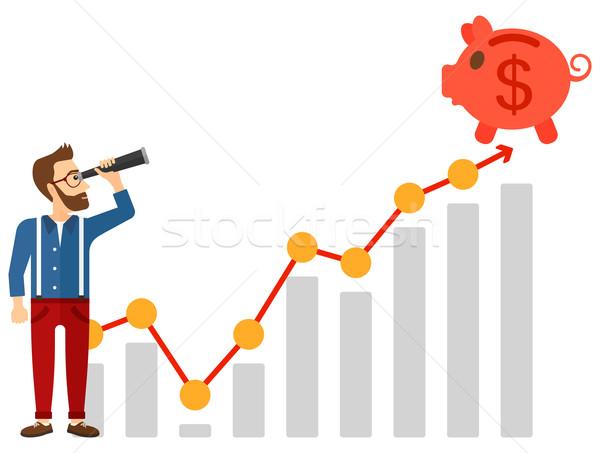 Foto stock: Homem · olhando · piggy · bank · em · pé · topo · crescimento