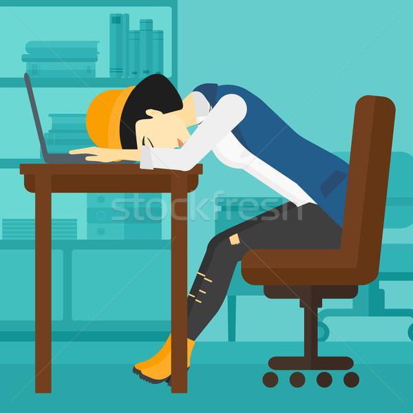 Stock fotó: Nő · alszik · munkahely · ázsiai · alkalmazott · laptop · billentyűzet