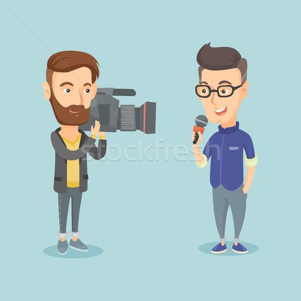 Tv muhabir operatör profesyonel kafkas erkek Stok fotoğraf © RAStudio