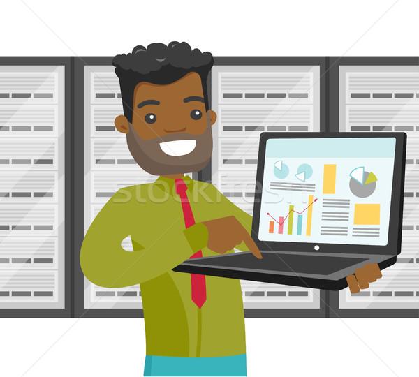 Murzyn data center laptop czarny inżynier serwera Zdjęcia stock © RAStudio