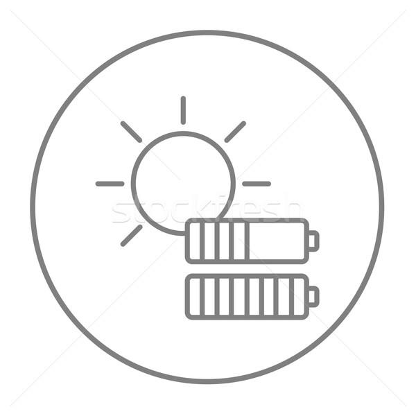 Zonne-energie lijn icon zon twee batterijen Stockfoto © RAStudio