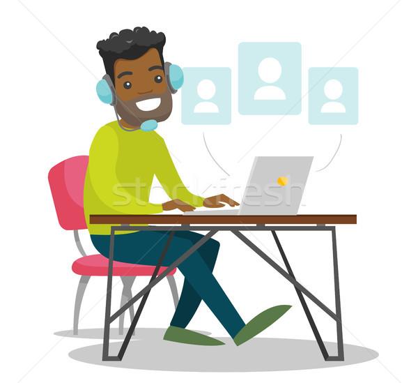 黒人男性 ヘッド 作業 コンピュータ デスク ストックフォト © RAStudio