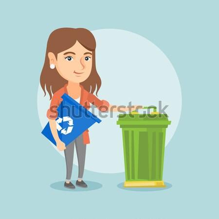 женщину Recycle мусорное ведро молодые азиатских Сток-фото © RAStudio
