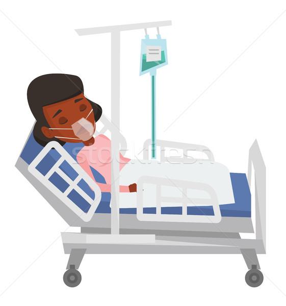 患者 病院用ベッド 酸素マスク 女性 医療処置 ドロップ ストックフォト © RAStudio