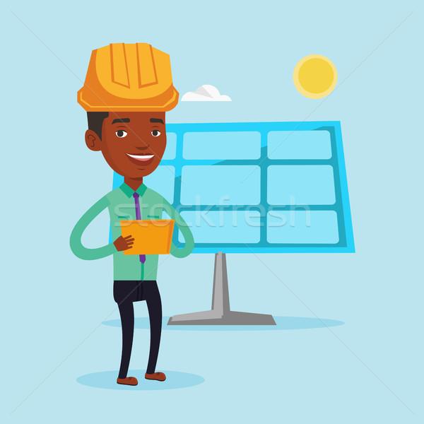 Masculino trabalhador energia solar planta engenheiro trabalhando Foto stock © RAStudio