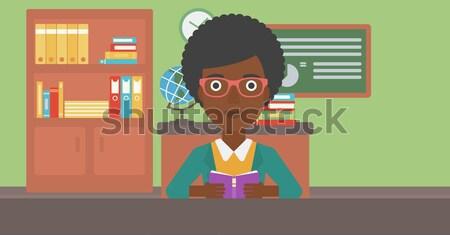 Kobieta ukończeniu cap książki otwarta księga Zdjęcia stock © RAStudio