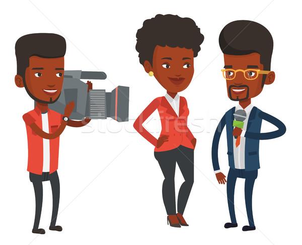 Telewizja wywiad reporter mikrofon kobieta operatora Zdjęcia stock © RAStudio