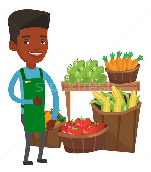 Сток-фото: дружественный · супермаркета · работник · большой · палец · руки · вверх · Постоянный